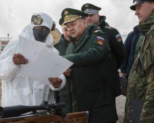 Сергей Шойгу в ходе рабочей поездки в войска ЦВО
