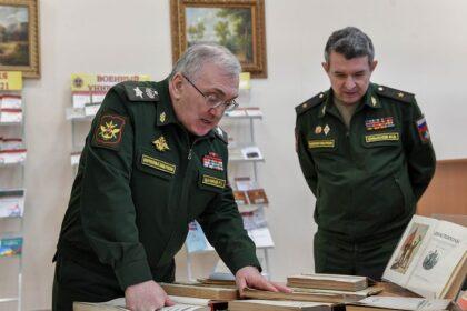 Выступление Руслана Цаликова перед курсантами, слушателями и командно-преподавательским составом Военного университета МО РФ.