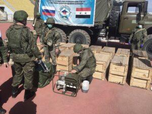 В школы Латакии переданы доставленные из России генераторы.