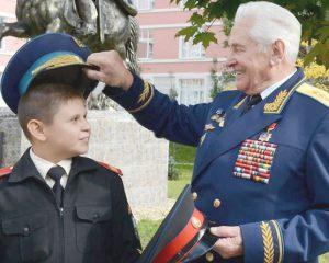 Генерал, сплотивший элиту авиации
